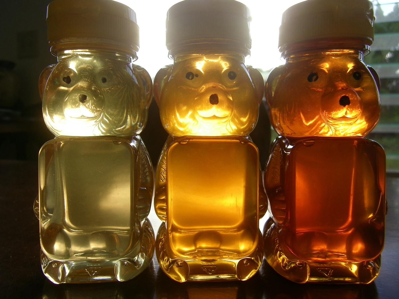 A rainbow of flavors, a light sweet Lehua, golden tropical wildflower, and a dark robust macadamia.
