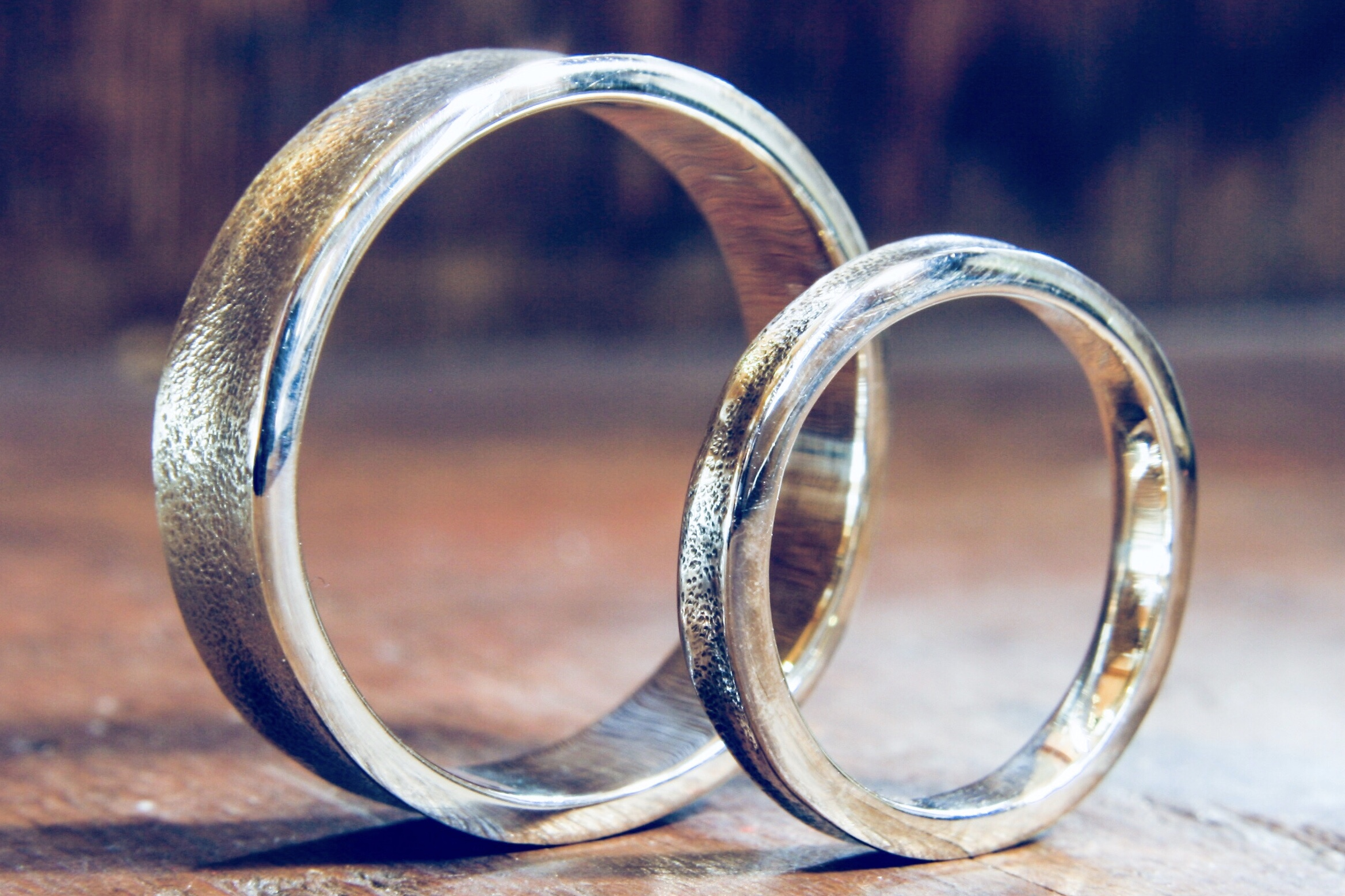 White gold textured wedding rings