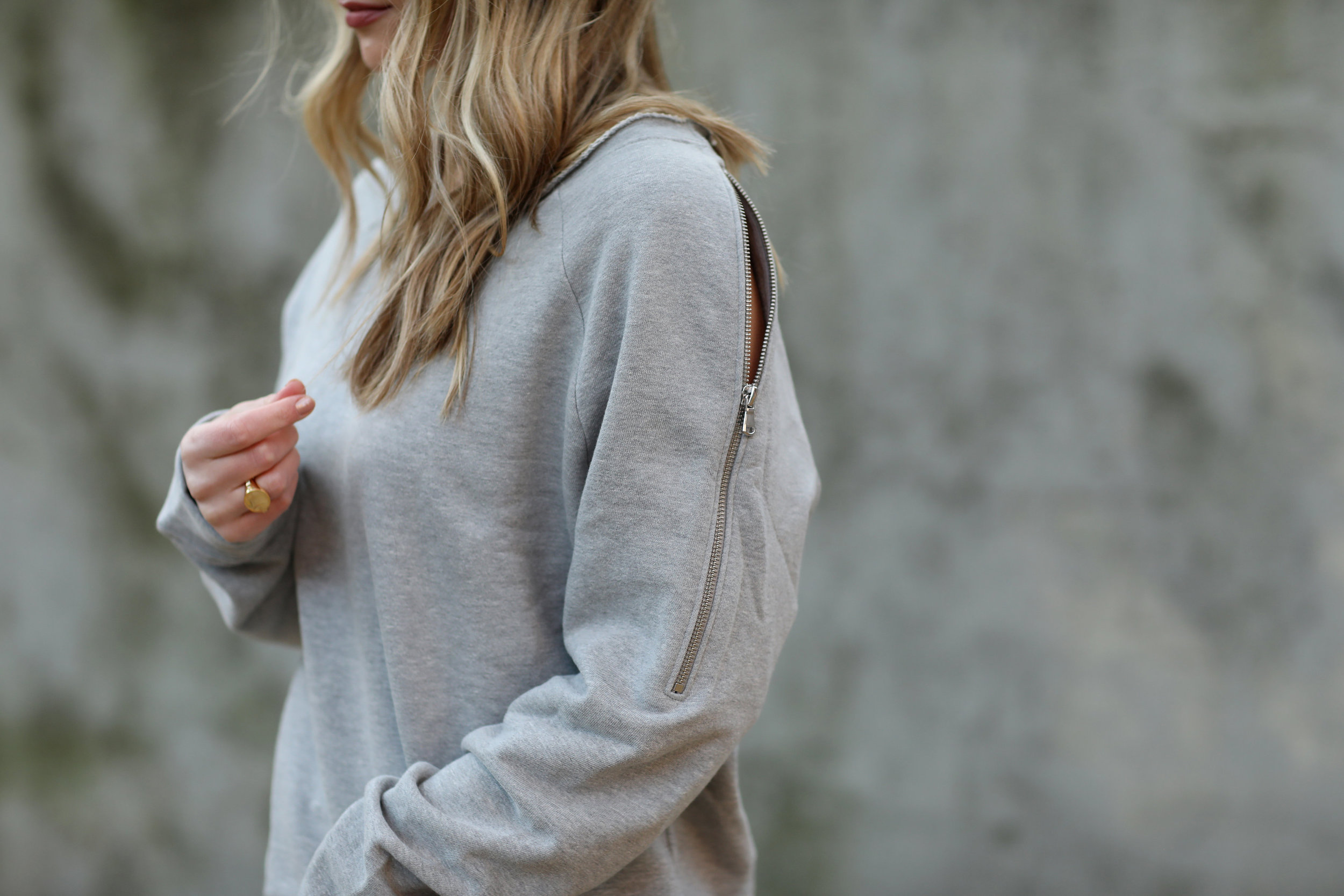 zip sleeve sweatshirt