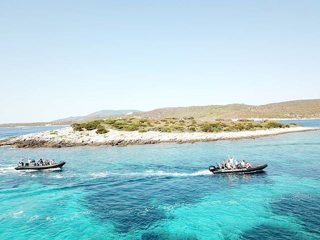Arriving on budihovac blue lagoon... #waterworldcroatia #6islandtour2017 #viator#viatortravel #Vis #bluelagoon
