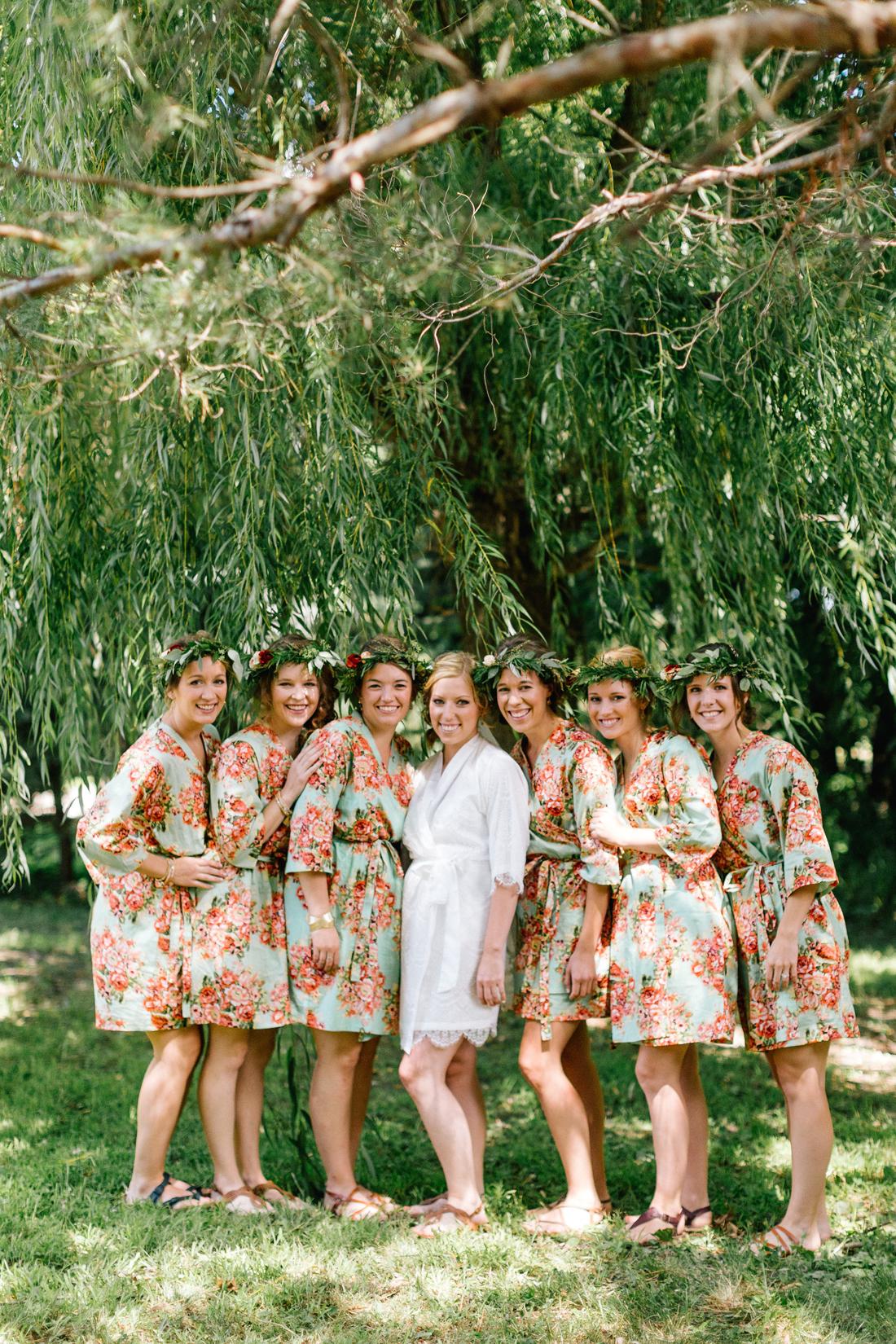 www.allisonhopperstad.com, Minnesota Wedding Photographer, Barn Wedding, Apple Orchard Wedding, Minnesota Harvest Apple Orchard, Summer Wedding, Outdoor Wedding, Wedding in the woods