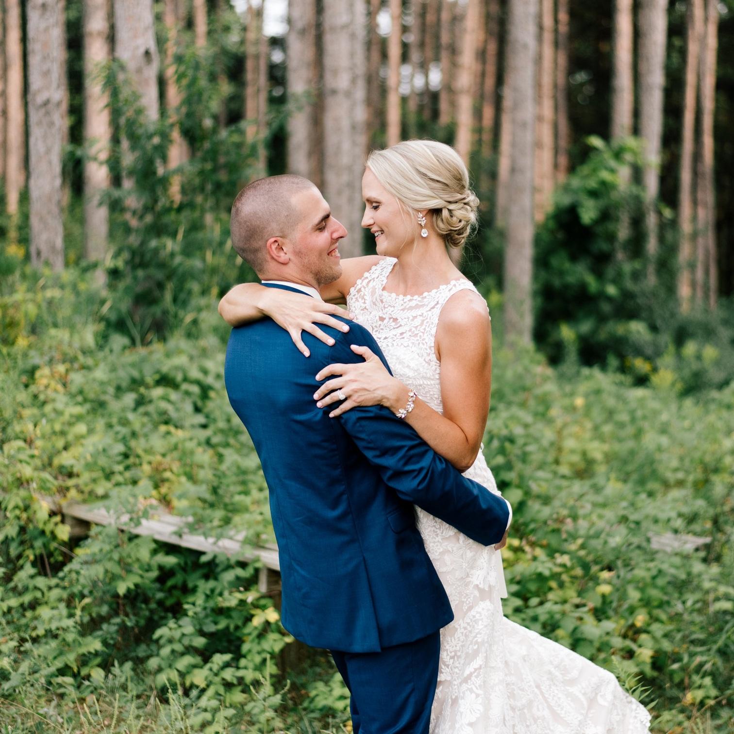 SHELBY + ROBBIE // JX EVENT VENUE WEDDING