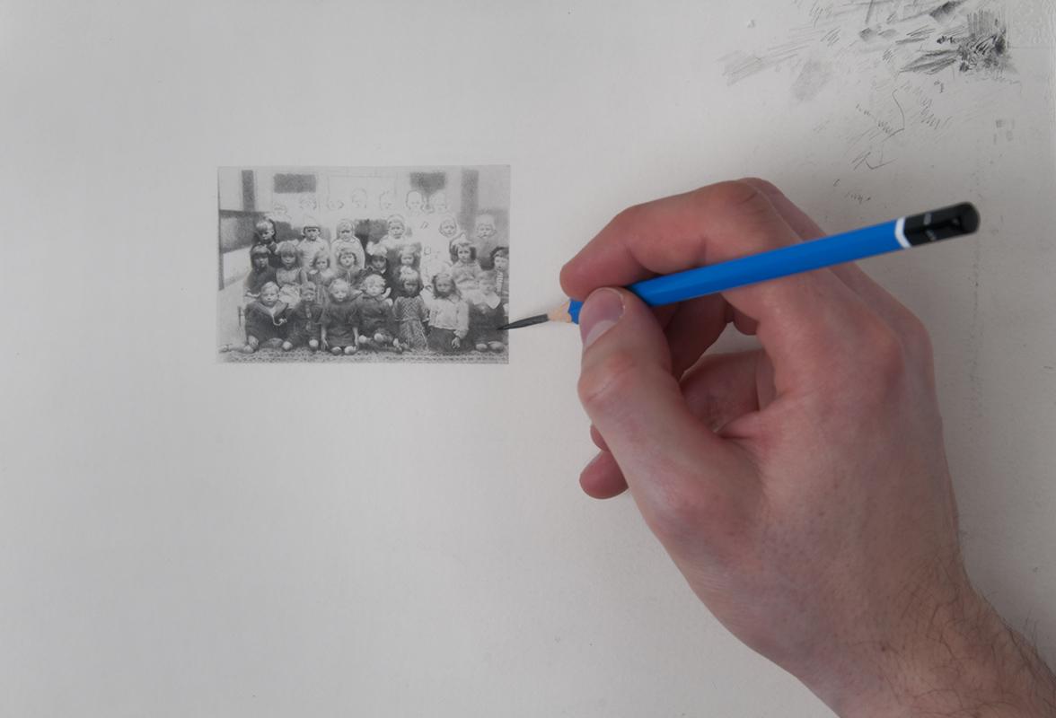 Untitled 2, pencil on paper, 7 x 5 cm, photo: John K. McGregor