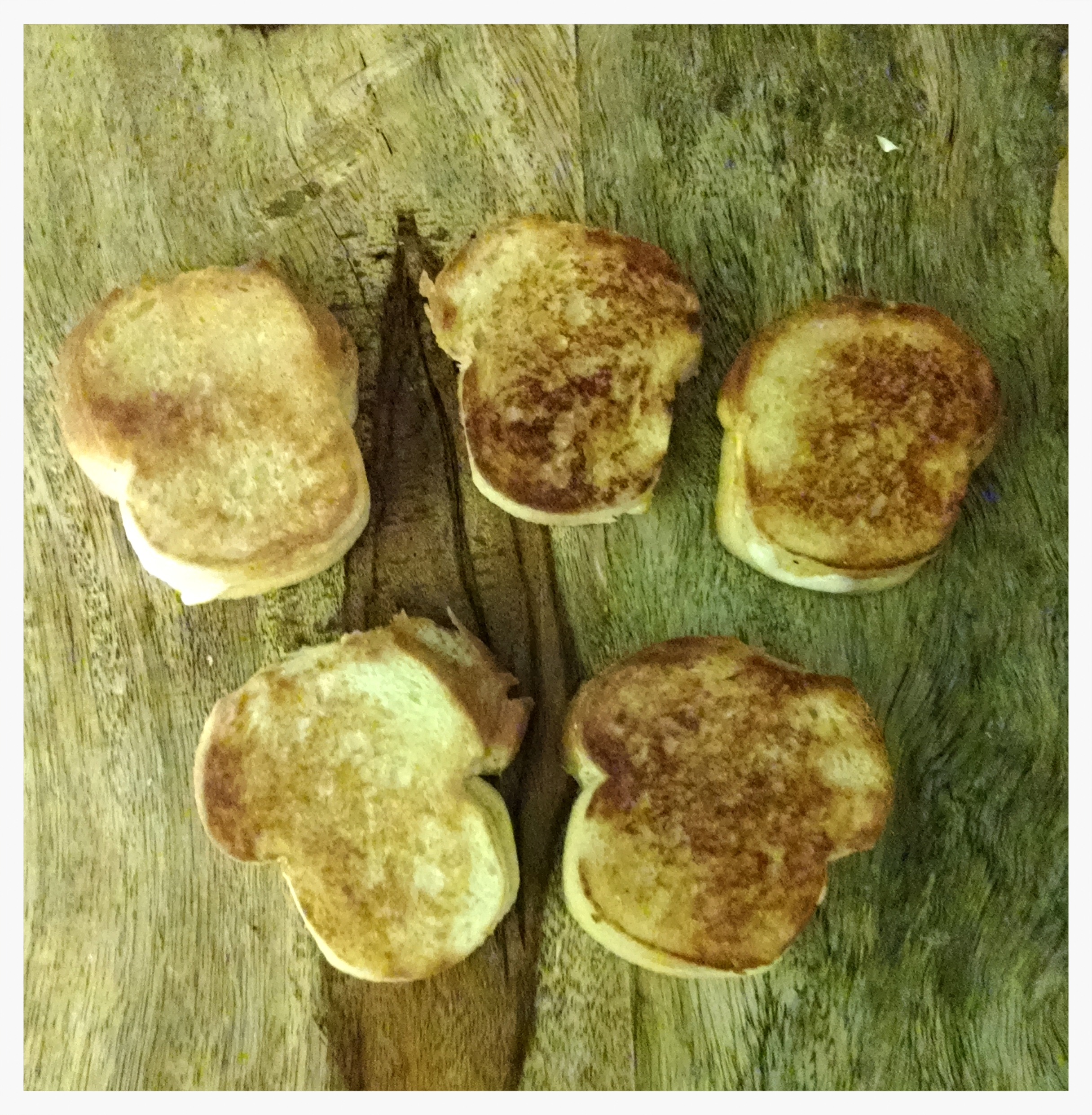 tiny grilled cheese2.jpg