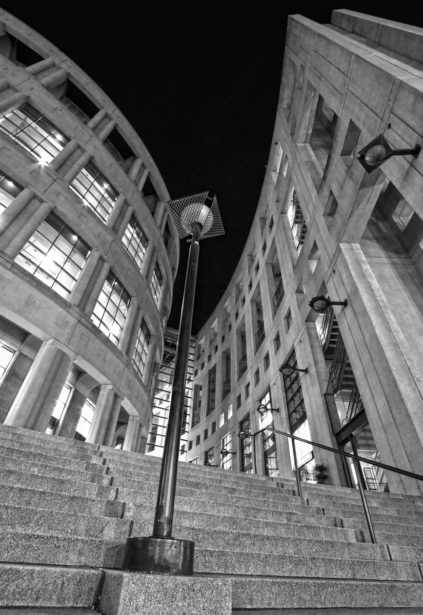 Vancouver Library-1-bw-X3.jpg