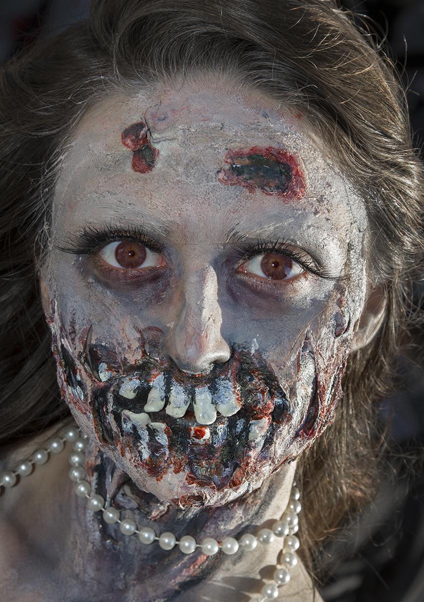 Victoria Zombie 2013-7260.jpg
