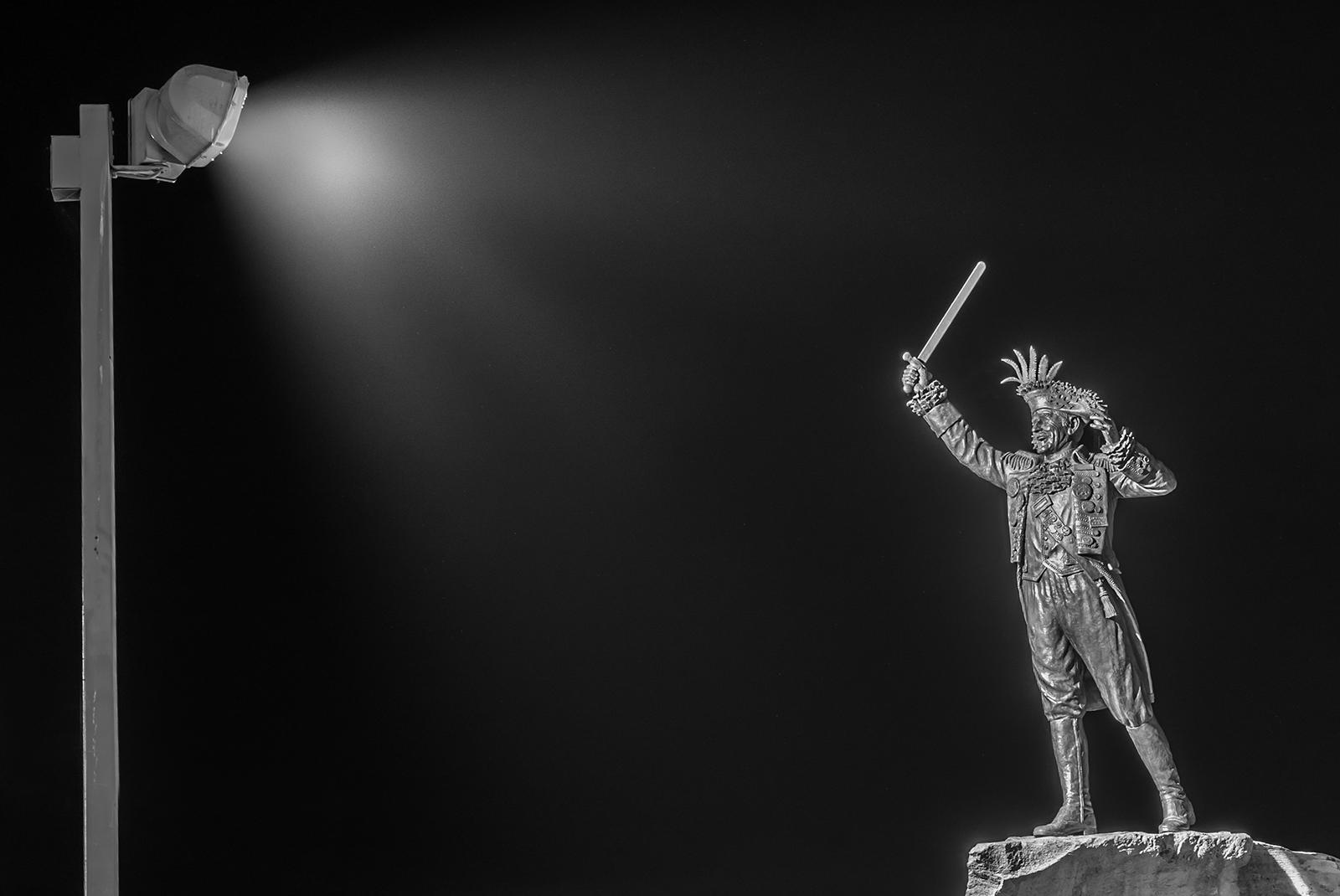 Frank Ney, Forever In The Spotlight