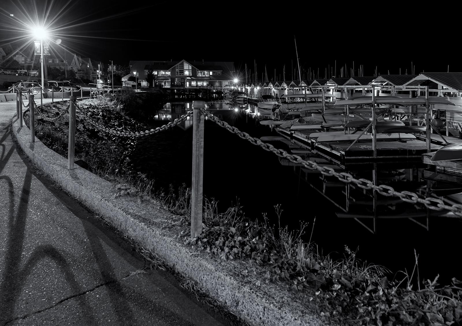 Nanaimo Waterfront 005 bw.jpg