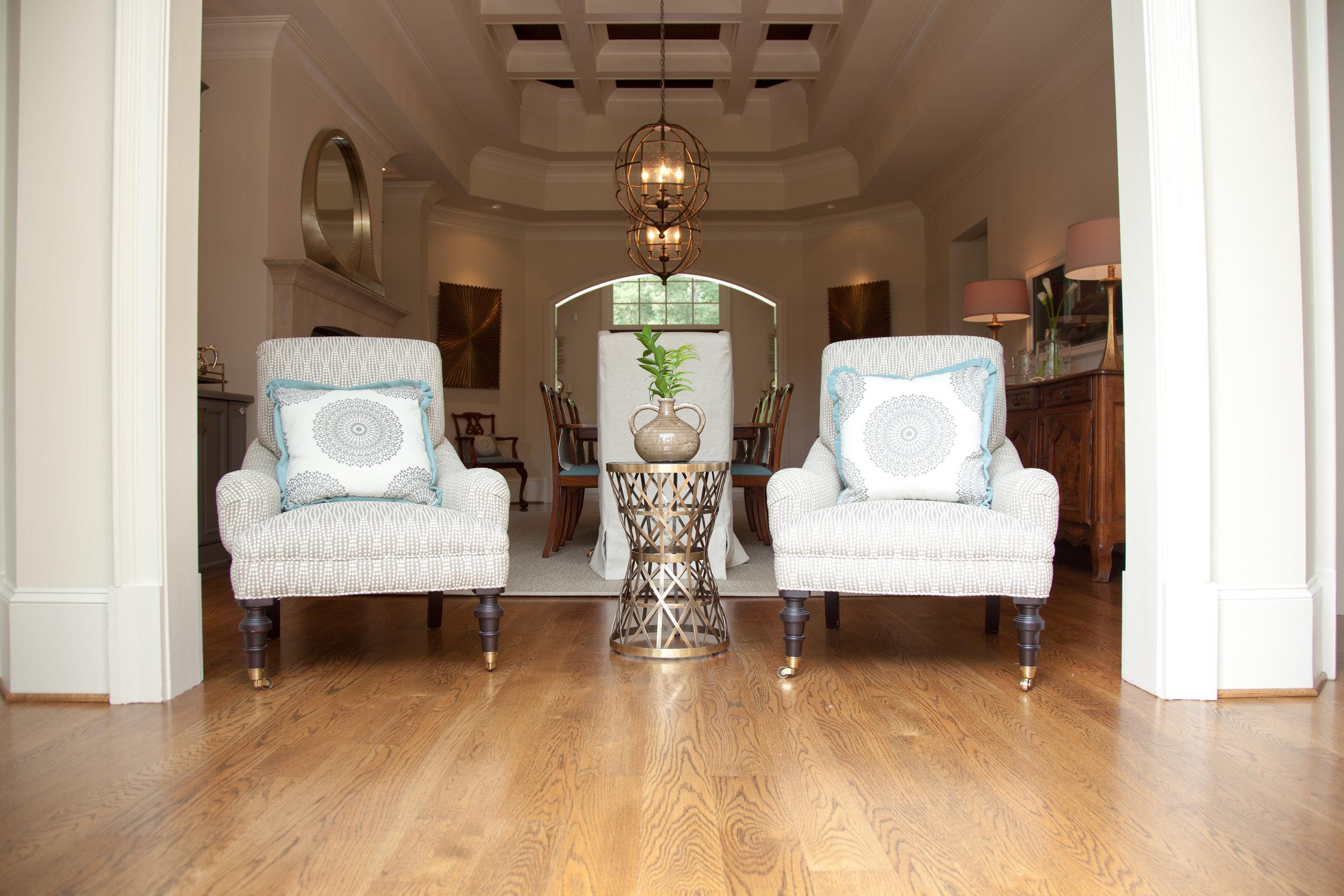 mikoandboonehome/sittingroom/diningroom/sittingroom