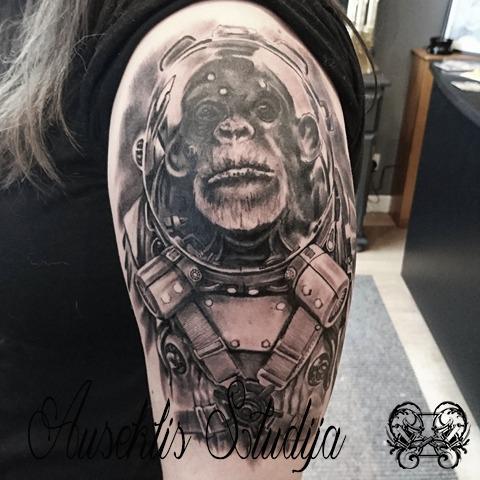 Evo Austronaut chimp upper arm.jpg