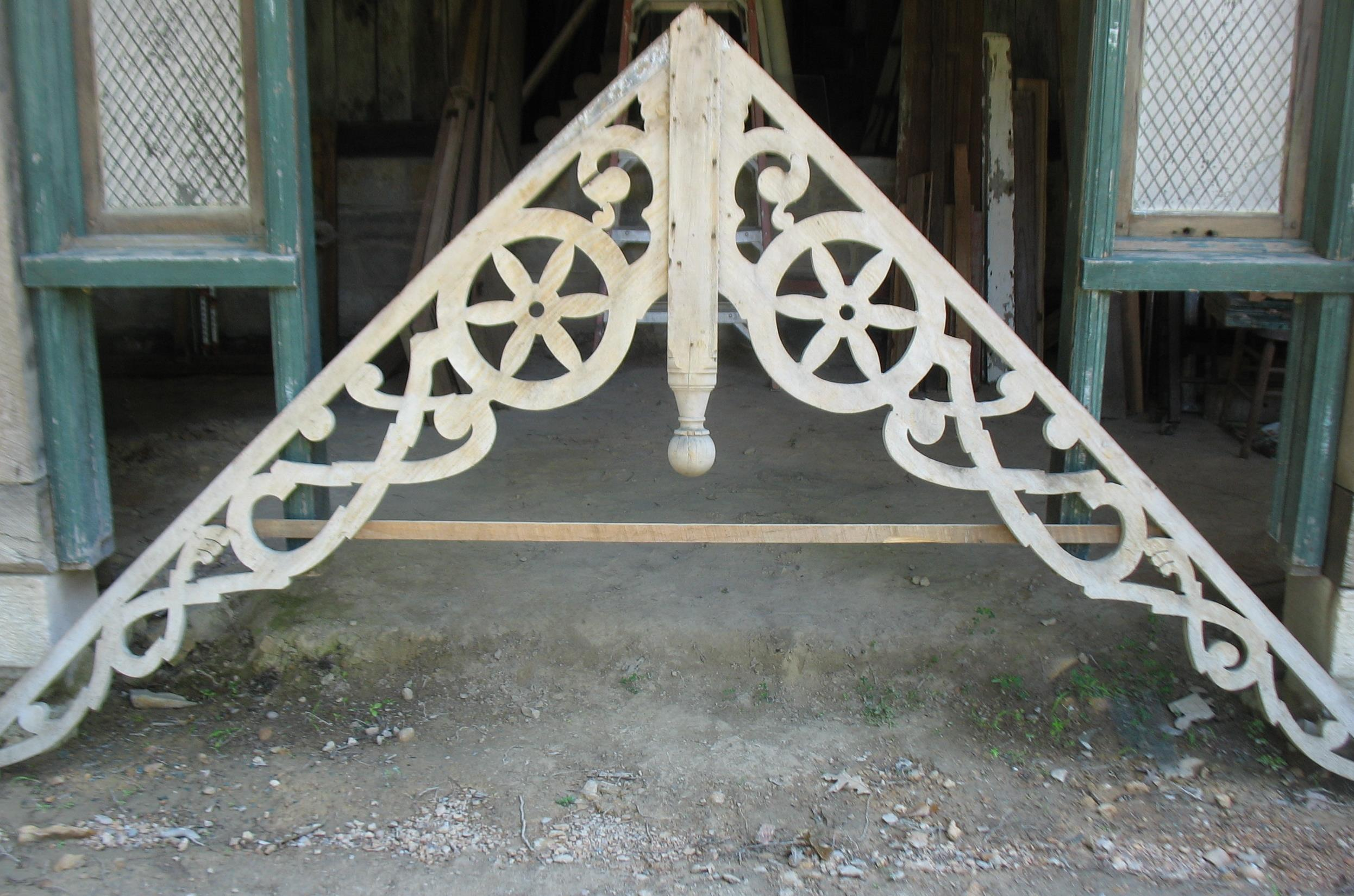 Wonderful Victorian Gable from house in Tennessee built in the late 1880's Would be great for a headboard for a bed or a wall hanging. Measures 7 feet at highest point and 10 feet long    Price: SOLD!!!