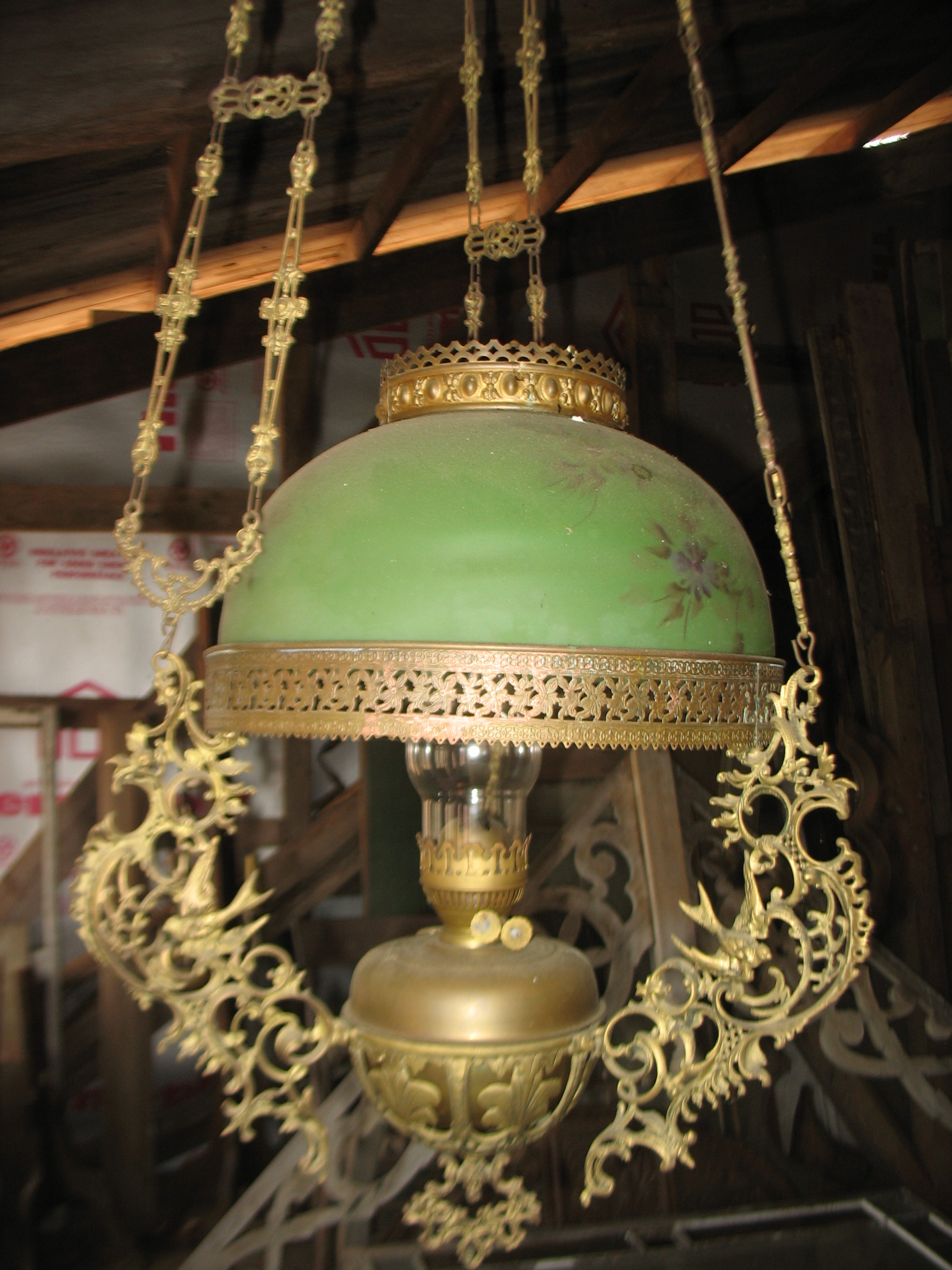 THE VERY BEST THAT THE VICTORIAN ERA MADE !!! THIS LIGHT FIXTURE IS IT!!! AS YOU WILL SEE FROM THE CLOSE UPS THIS IS DECORATIVE BRASS WITH SWALLOWS ON EITHER SIDE. A BEAUTIFUL DECORATIVE CHAIN EXTENDS TO THE PULLY AT THE TOP. MUST HANG IN A VISIBLE PLACE OVER A TABLE OR IN THE VESTIBULE OF A HOME. IT COULD BE THAT 'ONE-OF-A-KIND' PIECE' THAT EVERYONE WOULD APPRECIATE.