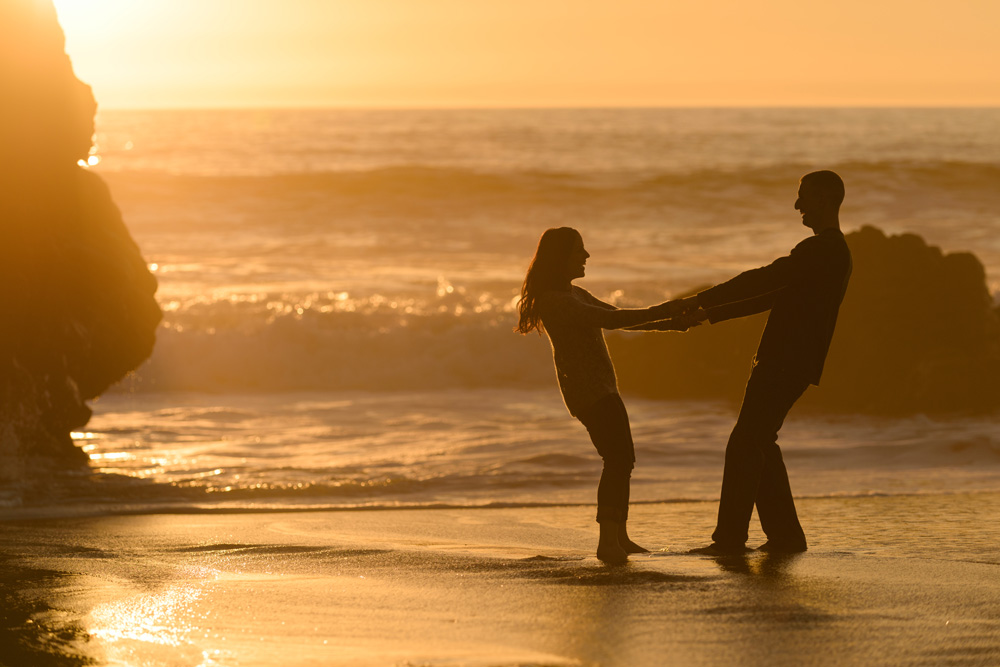 8473_d810a_Lacie_and_Joe_Proposal_Photography_Panther_Beach_Santa_Cruz.jpg