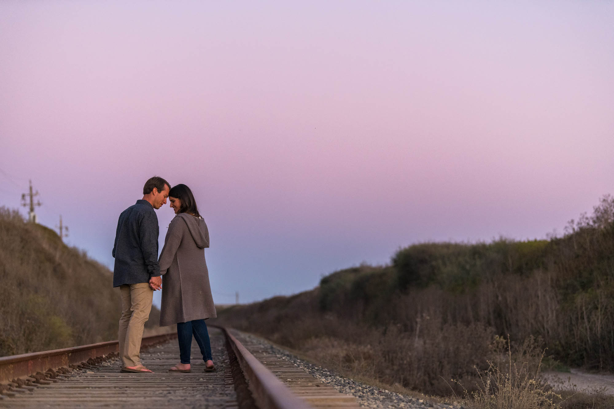 Romantic sunset engagement at Panther Beach Santa Cruz - photo by Bay Area wedding photographer Chris Schmauch www.bayareawedding.photography