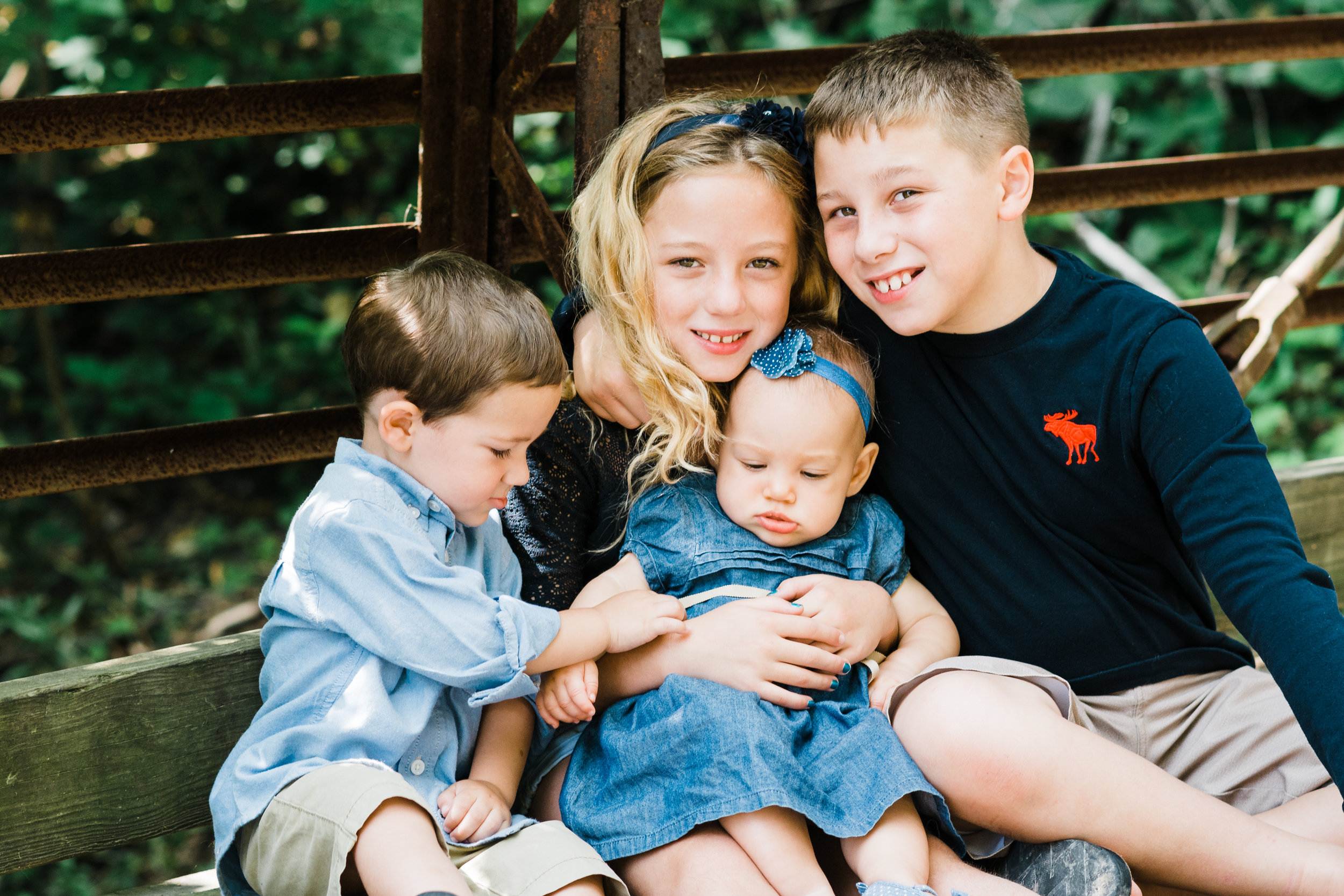 Family Portraits at Willow Creek | Iowa City Children's Photographer
