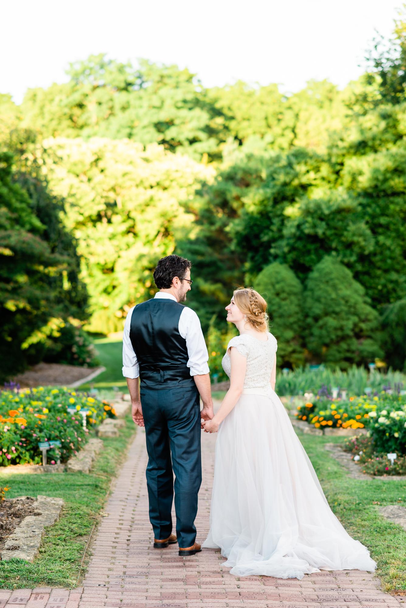 Arboretum and Botanical Gardens - Dubuque, Iowa, Wedding Photographer