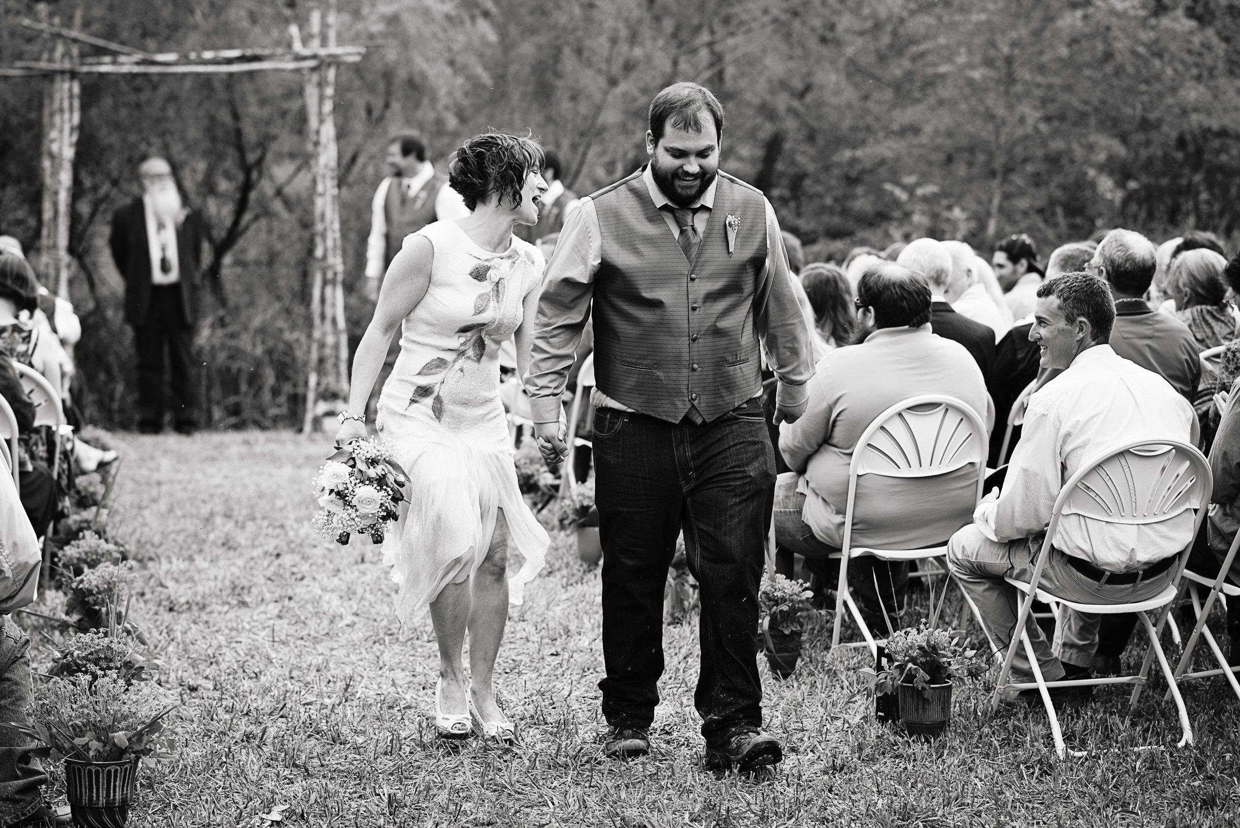 Iowa Farm Wedding - Riverside Photographer