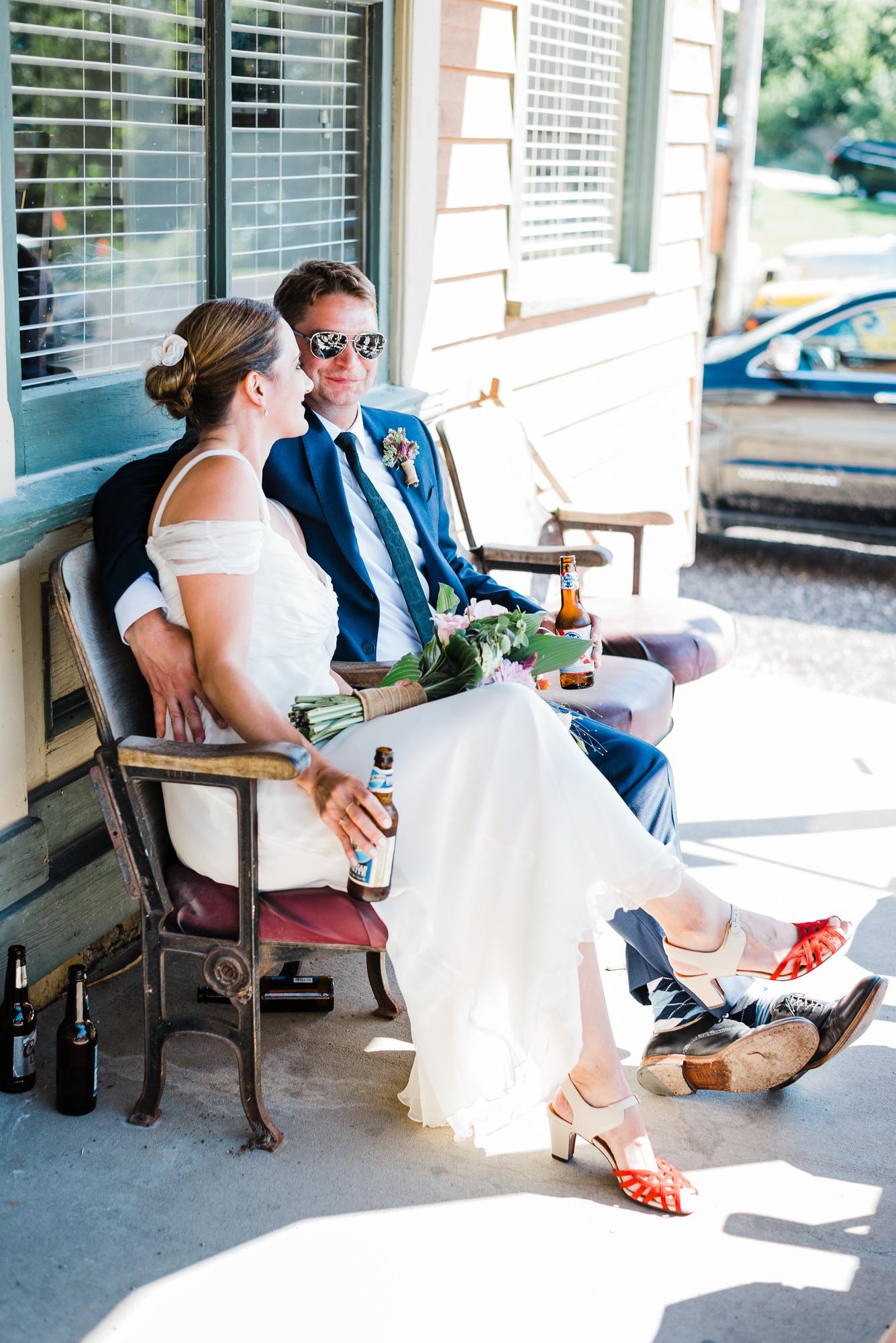 Sutliff Tavern - Sutliff, Iowa, Wedding Photographer