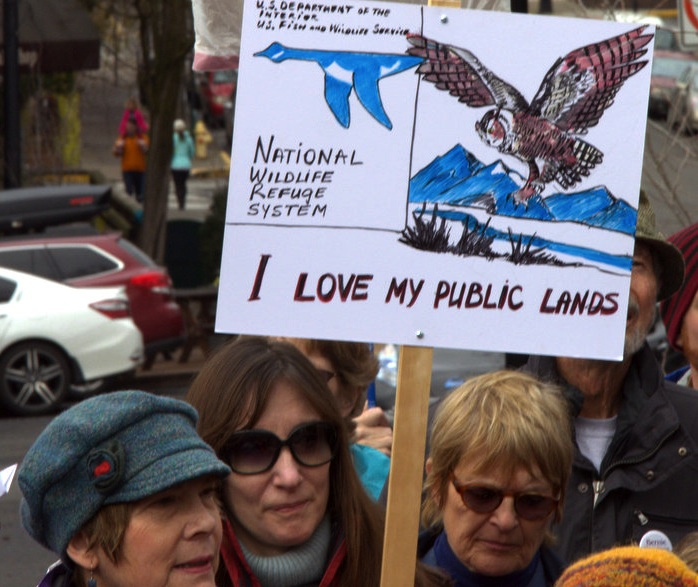 Around 120 Jackson County residents gathered in Ashland on Saturday [January 24, 2016] to stand in solidarity with the communities in Harney County. See more rallies of support in Oregon at    Oregon Wild.