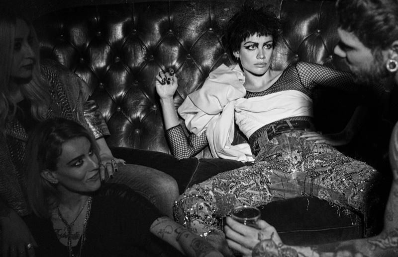 Sara-Sampaio-Punk-Style-Vogue-Spain-Editorial01.jpg