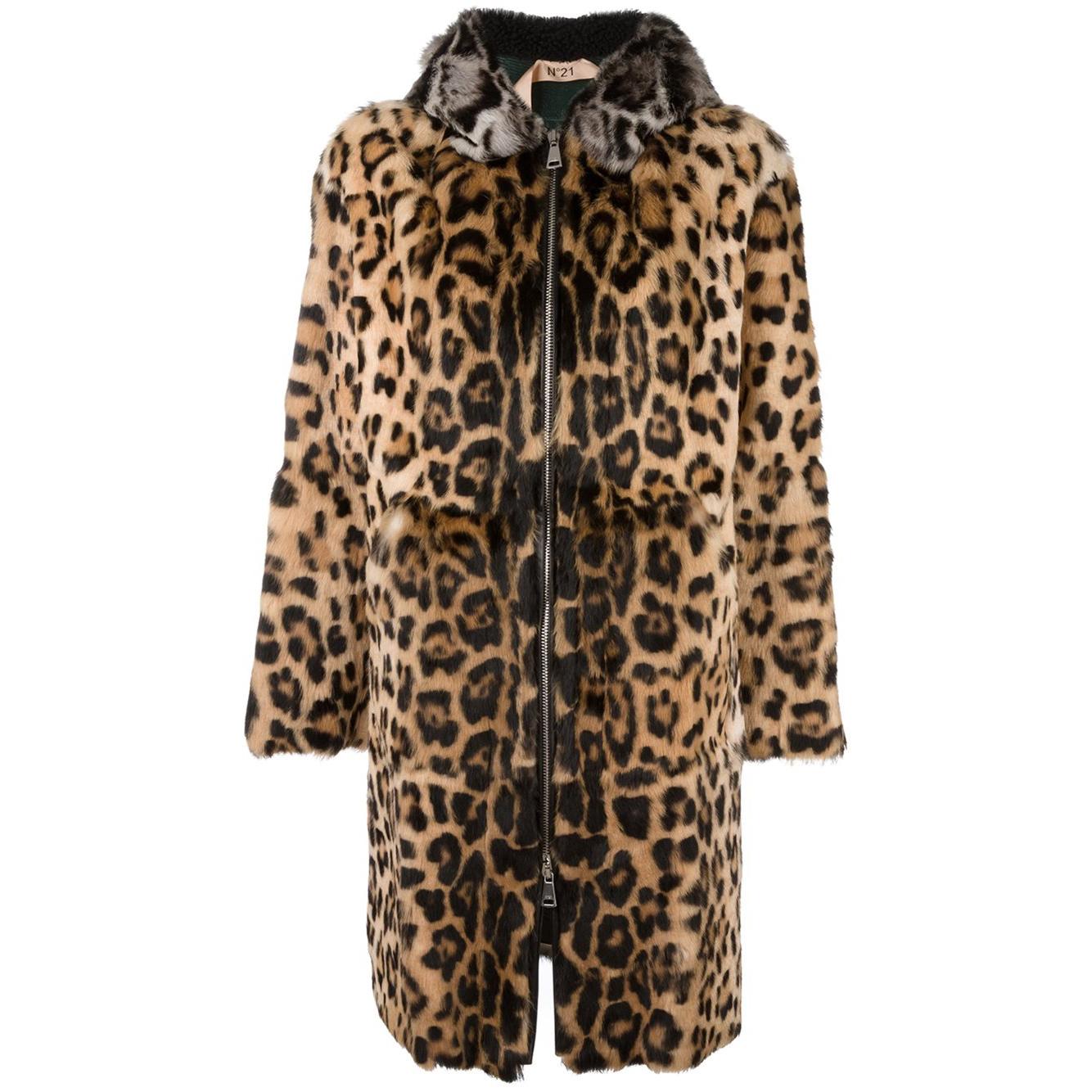 No. 21  Leopard Print Hooded Coat