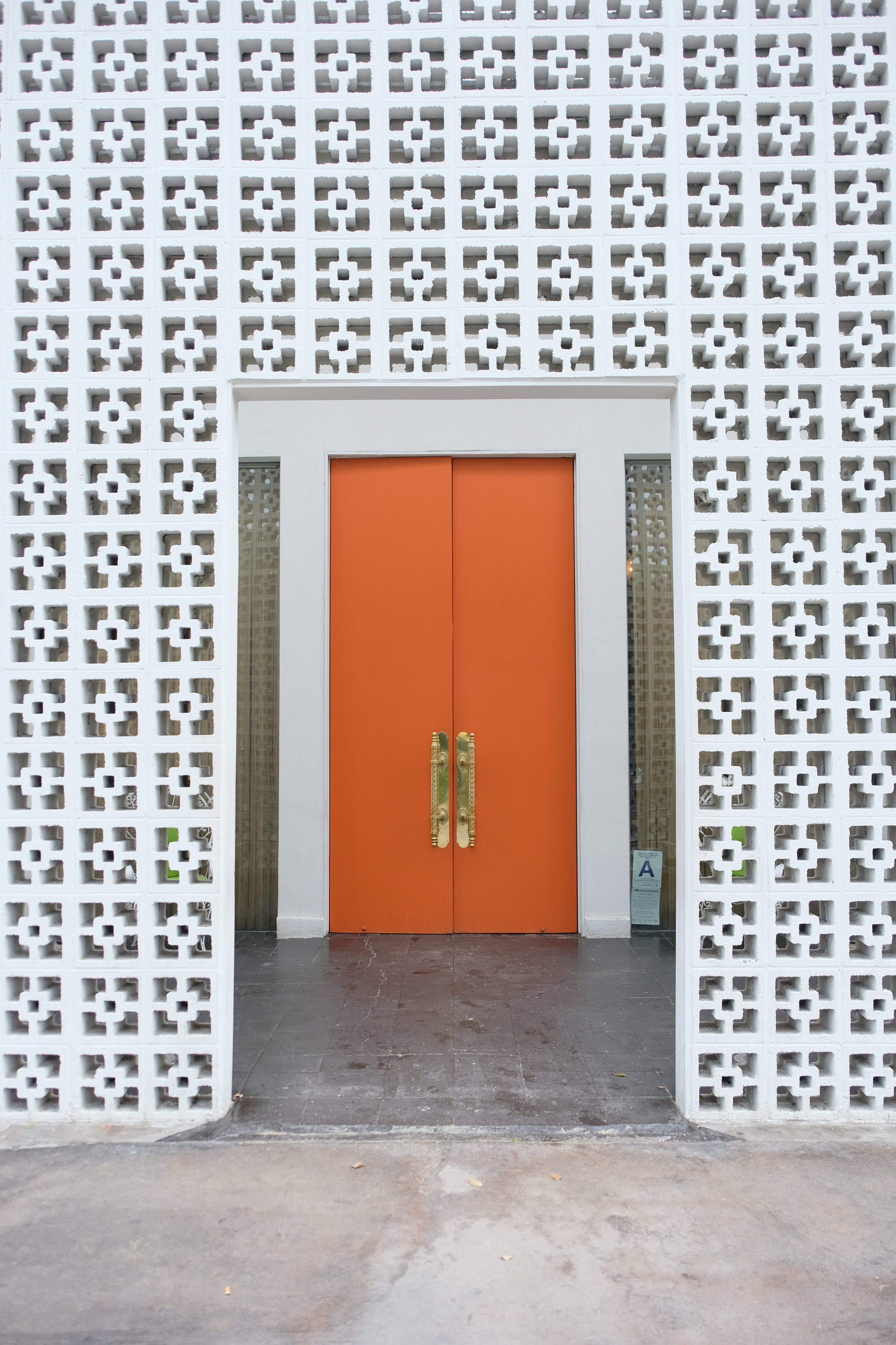 Parker Palm Springs  entrance.