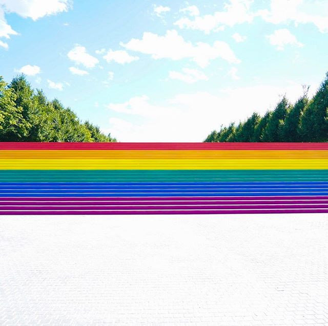 I gotta big shoot today at @4freedomspark ! This is rumored to be the largest #pride flag in nyc. If you're around today, come get a shot by yours truly. #stonewall50