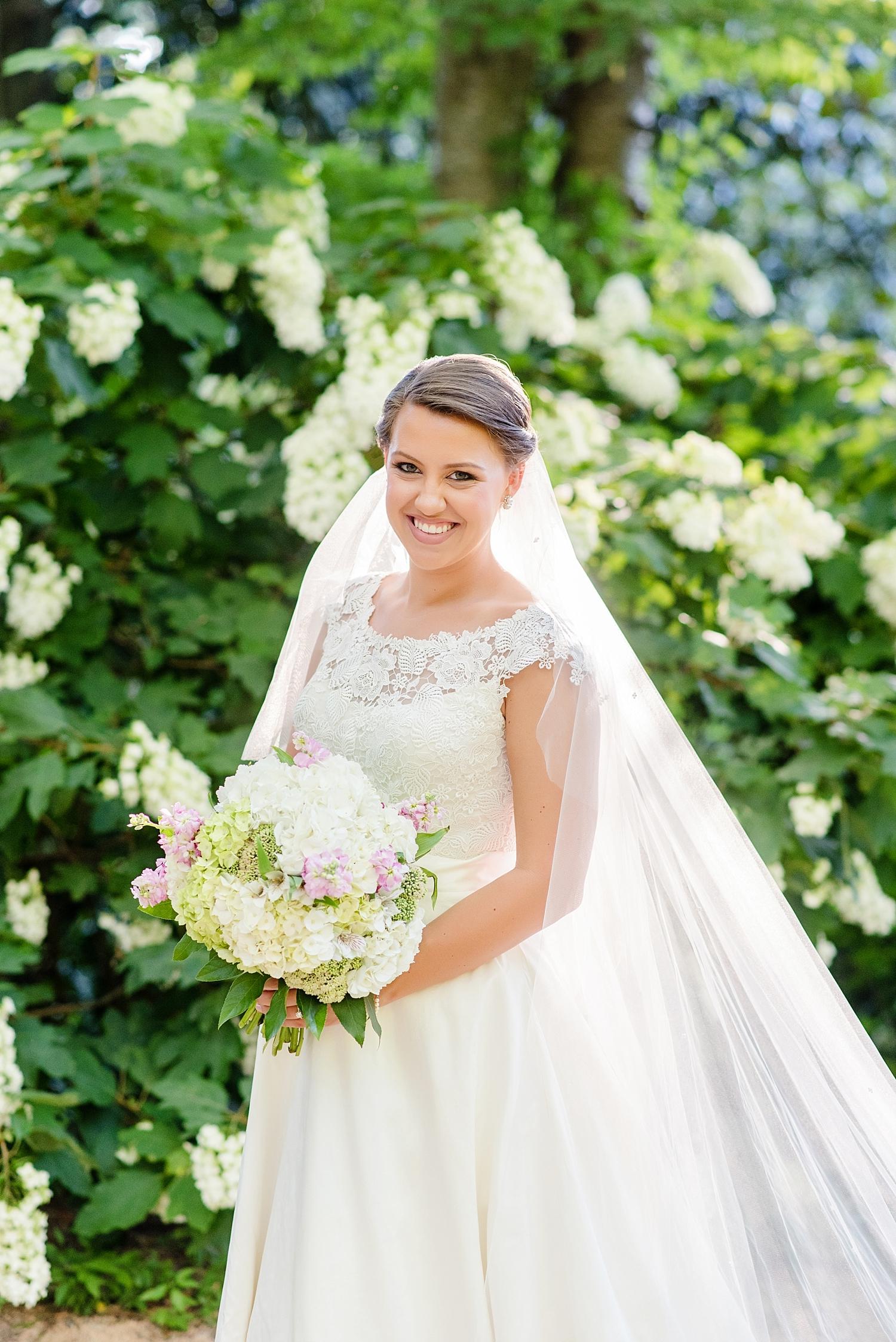 duke_gardens_bridal_portrait_0250.jpg
