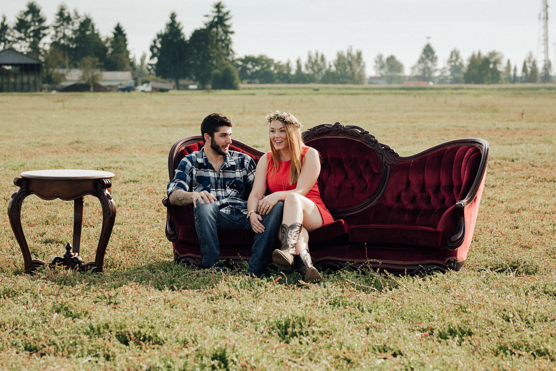 Lizzie & Micah.HopcottFarmsEngagement-2.jpg