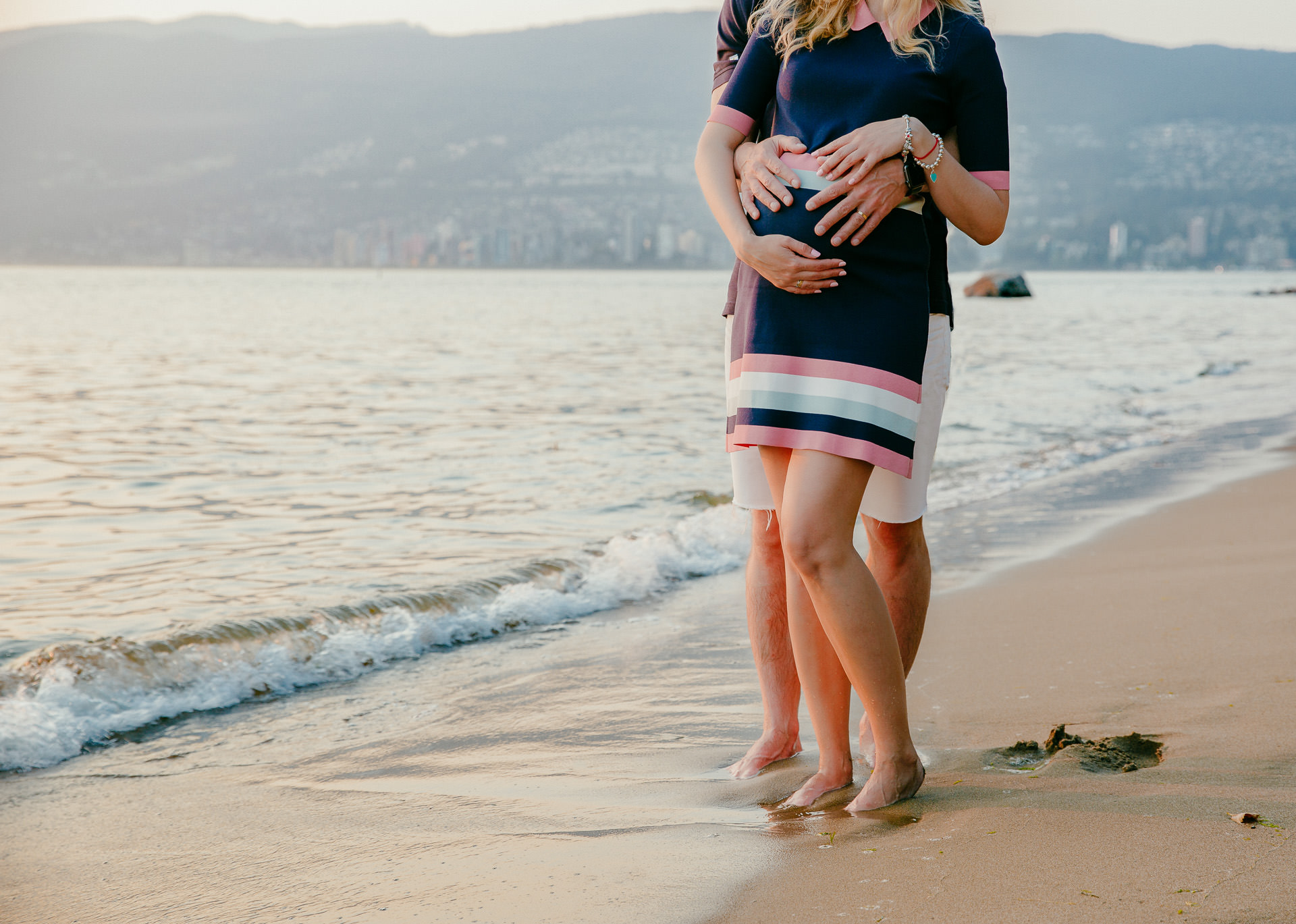 Maternity-Session-Stanley-Park-Vancouver-4.jpg