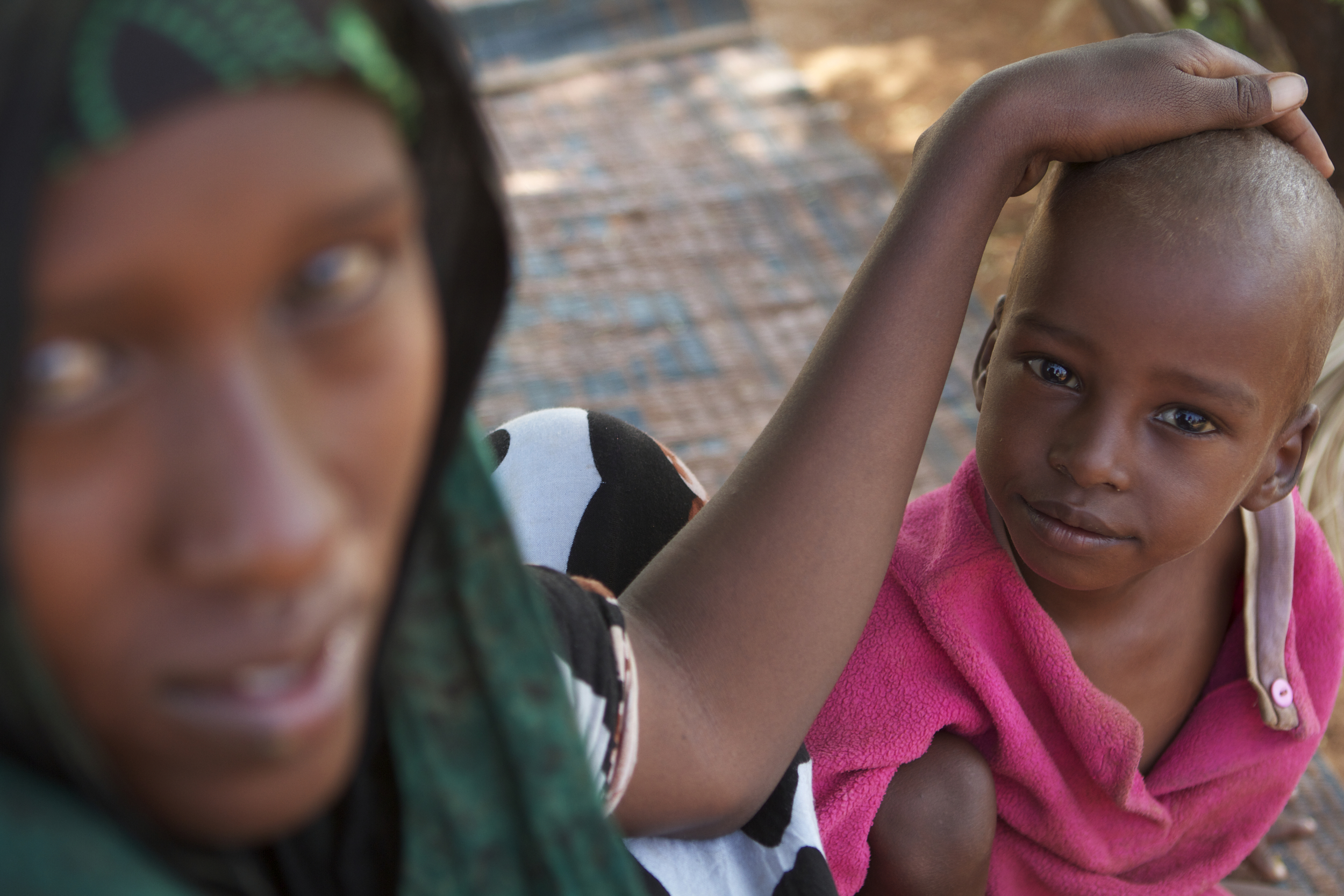 A mother and her daughter in the Dolo Ado refugee camp in Ethiopia