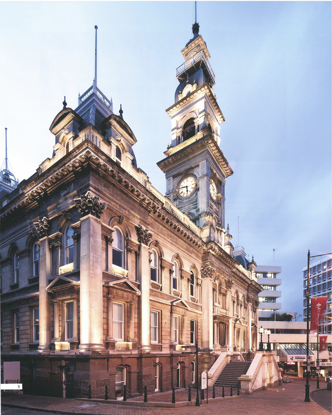 Dunedin Town Hall - Interiors Article Dec - Feb 2014 - 2015_5.jpg