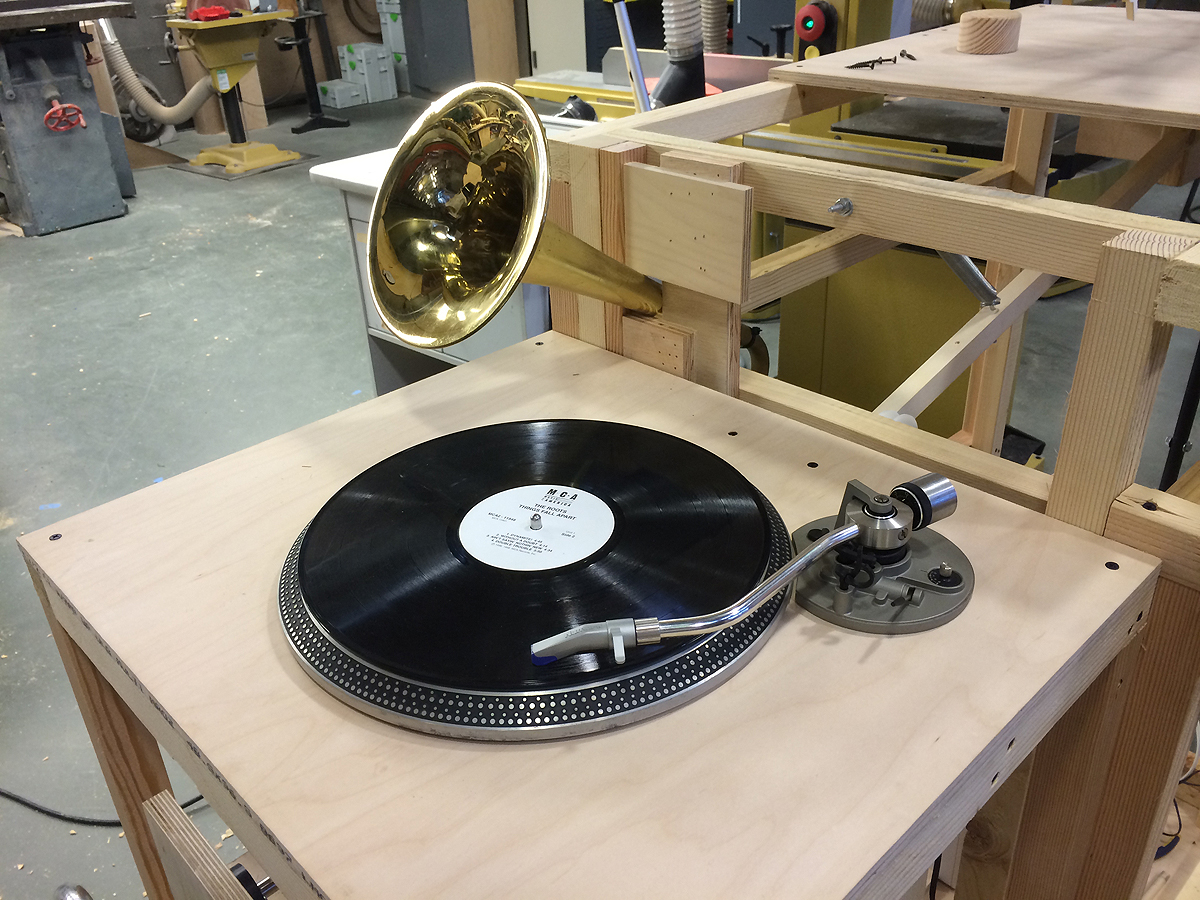 turntable and horn.jpg