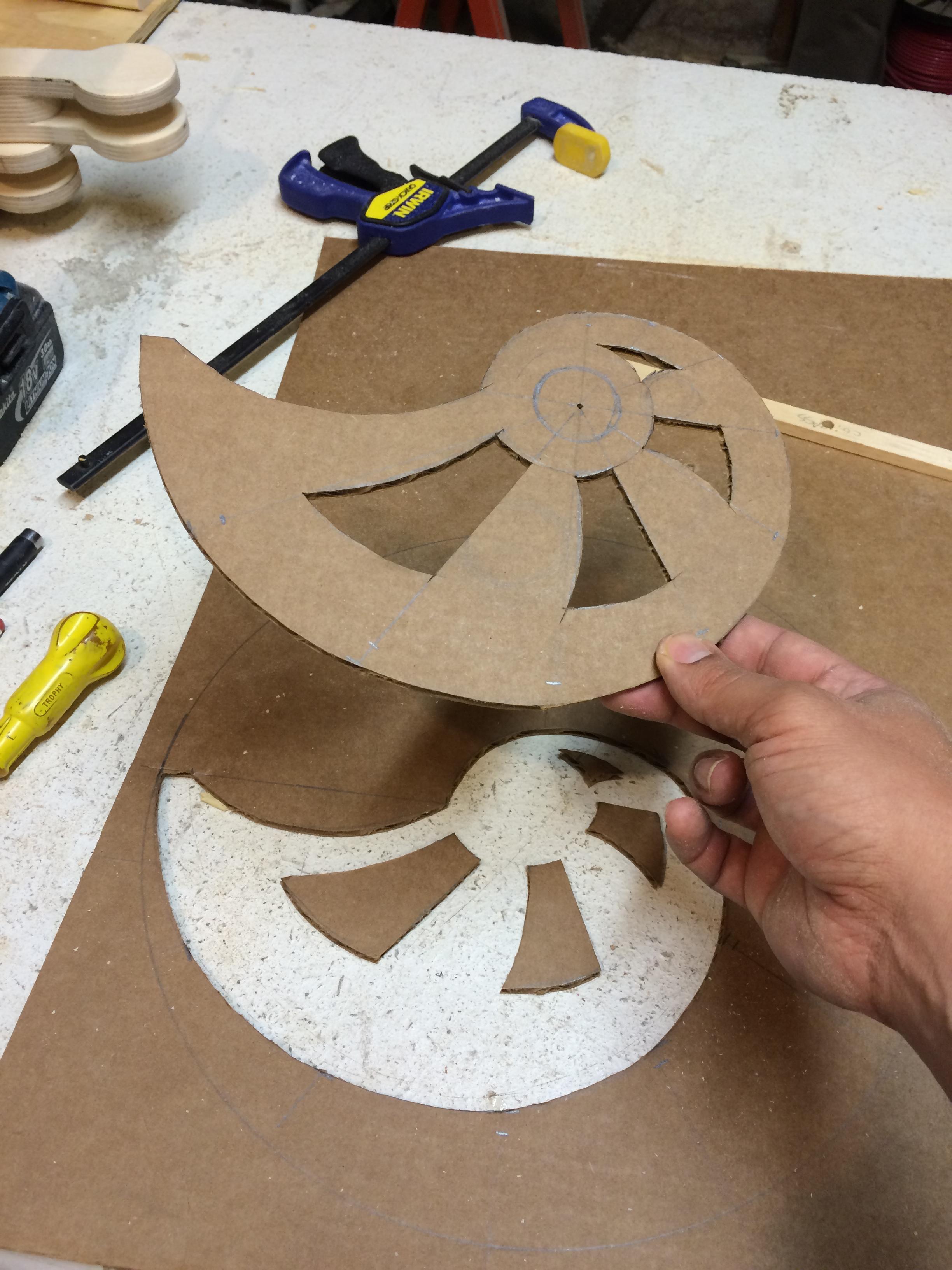 snail cam design template in cardboard