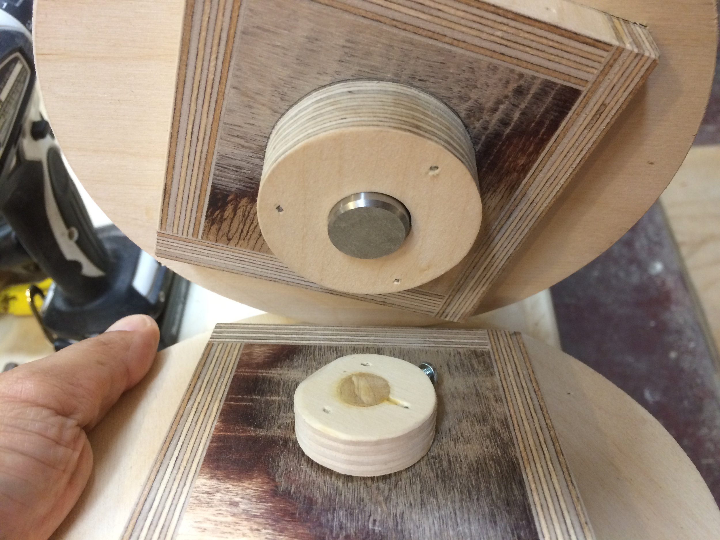 """building another hub for a 3/4"""" shaft to handle the weight of the wheel"""