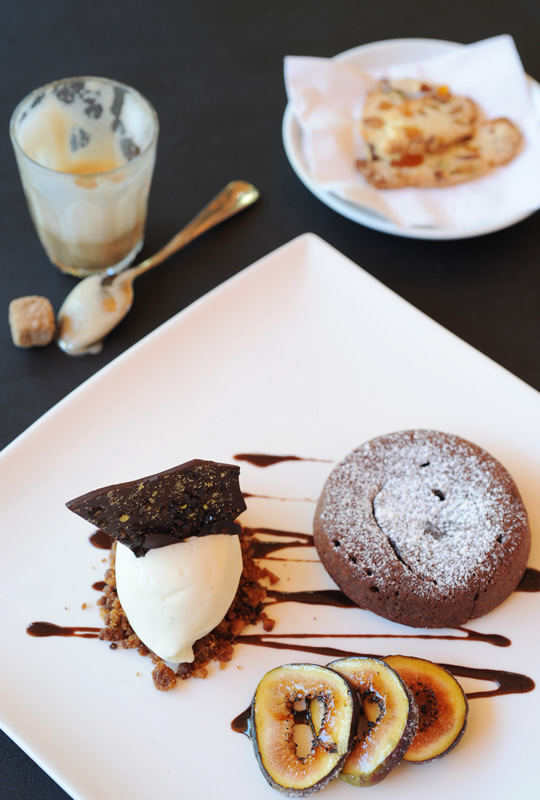 the pacific molten chocolate cake.jpg