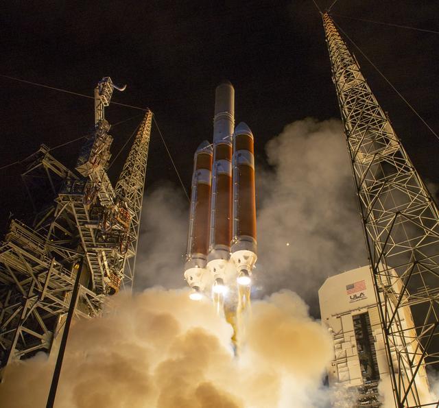 United Launch Alliance's Delta IV launching NASA's Parker Solar Probe (Courtesy of  NASA )