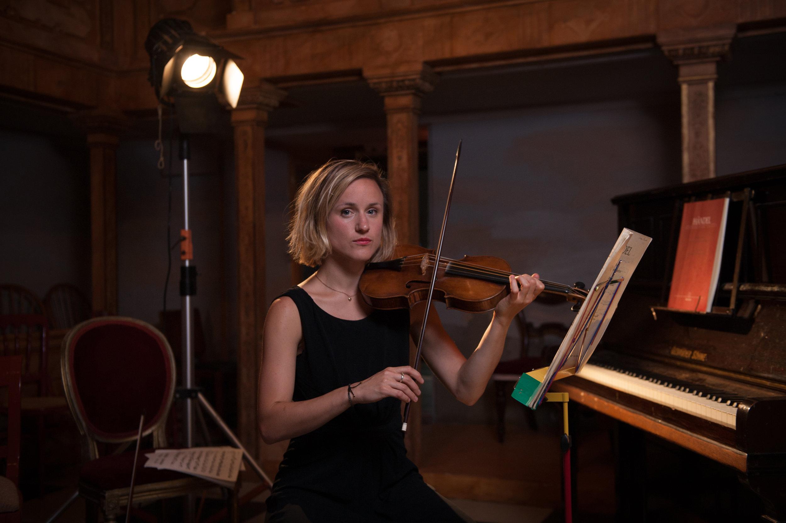 Naomi, The Violinist