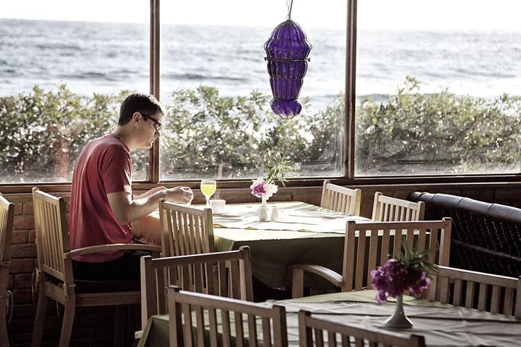 dyd-coral-coast-breakfast.jpg