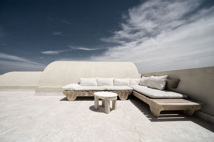 dyd-vila-isis-roof-terrace-1.jpg