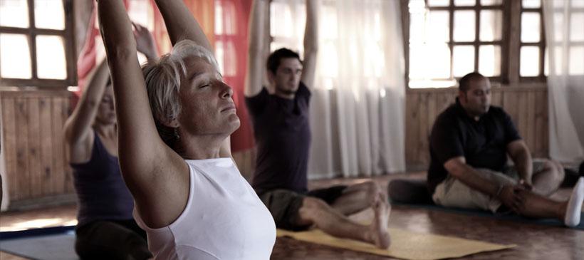 dyd-group-kundalini-yoga-stretch.jpg