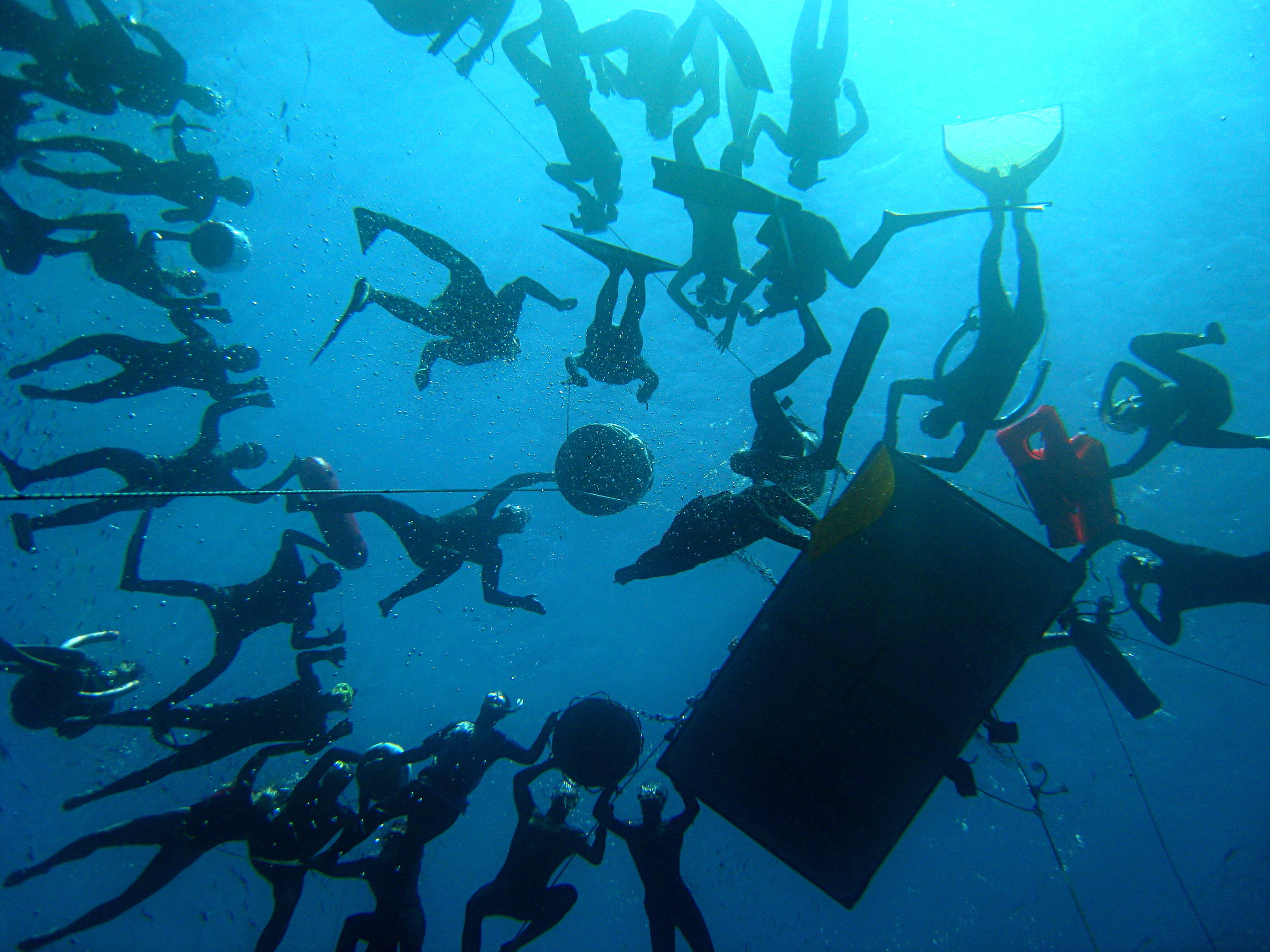 The view from below as I surfaced for my 90m CWT world record