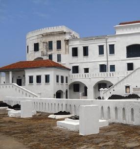 slave castles gold coast africa.jpg