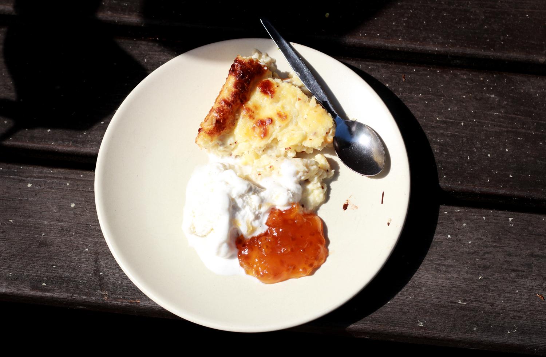 beige dessert.jpg