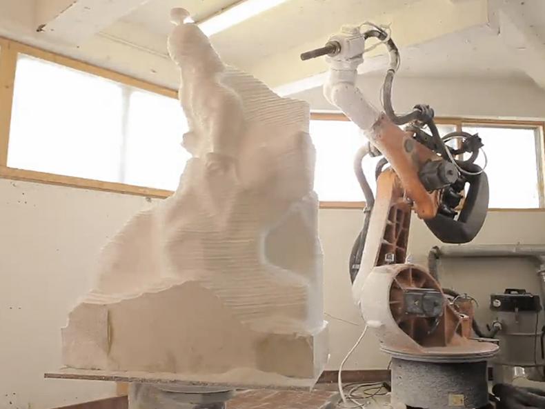 Industrial Robot as Sculptor