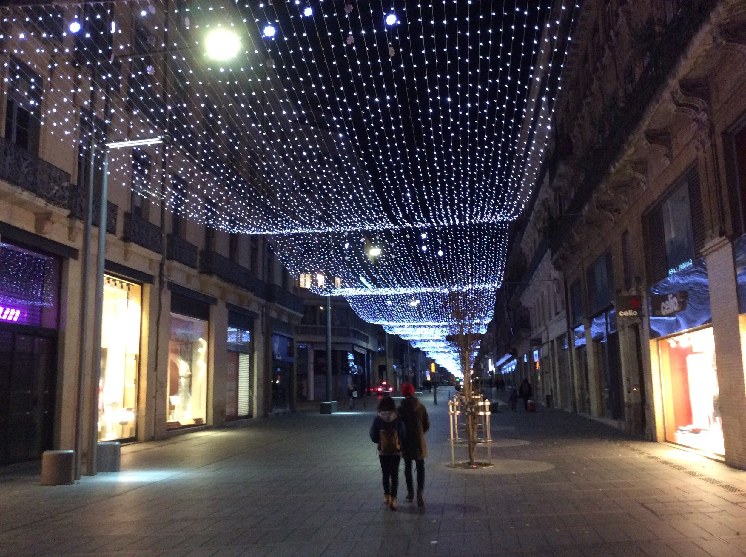 The quiet Toulouse streets at night