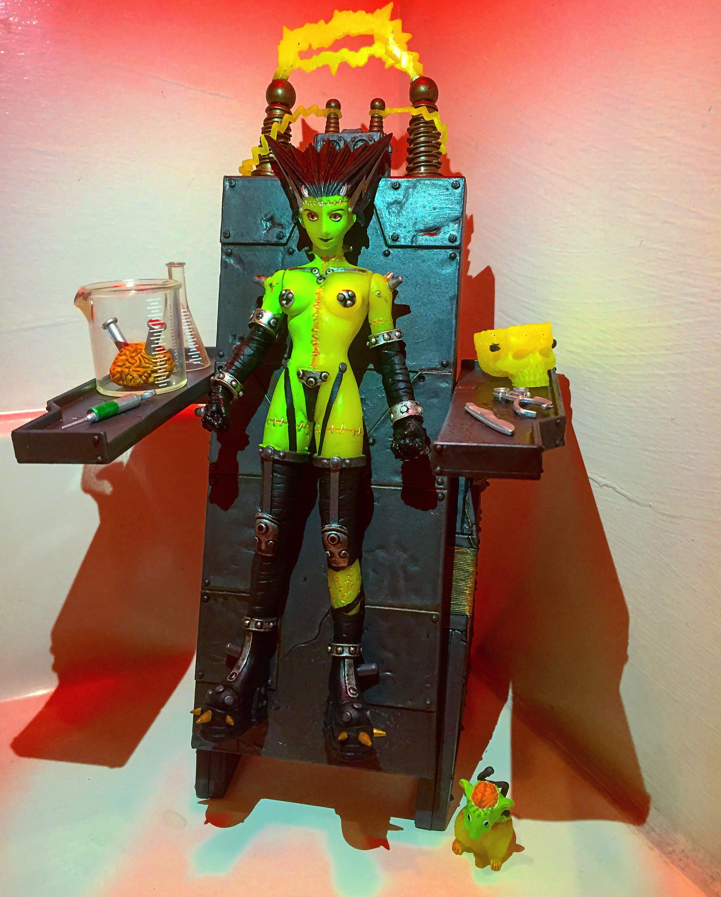 Résurrection de Monstress Wolfinica figurine Yasushi Nirasawa