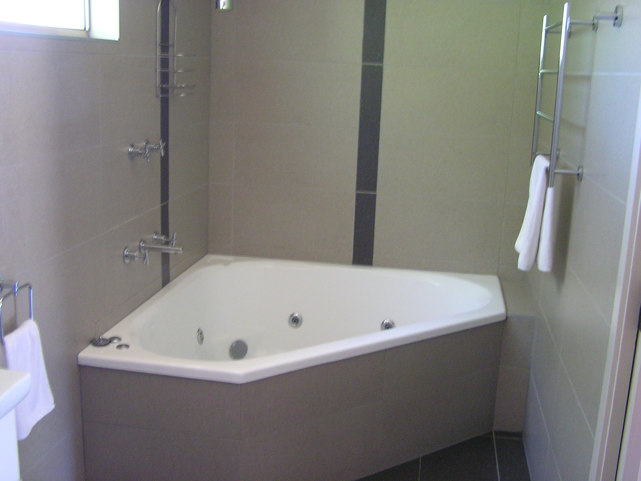 luxury corner spa