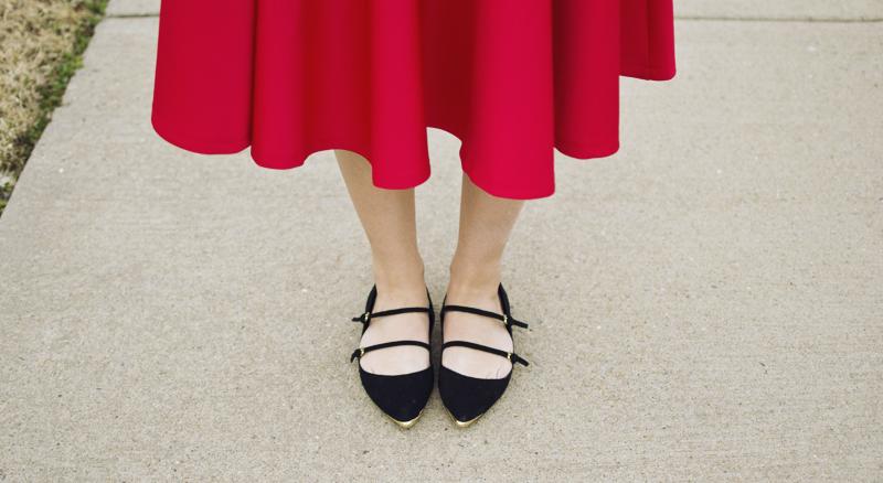 red-midi-skirt-2.jpg
