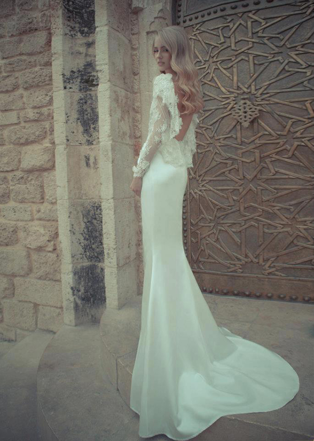 yaki-ravid-couture-wedding-line-2012-lace-sleeves-low-back.jpg